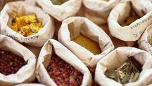 La tintura dei medicinali a base di erbe